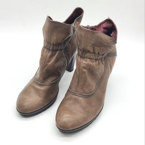 Hispanitas Heel Ankle Boots